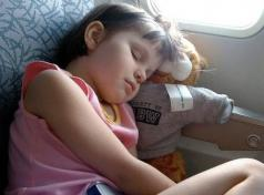 Ask A Clinician: Tips for Traveling with a Child